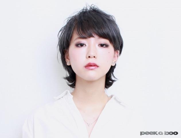 ダークネイビーカラー PEEK-A-BOO 後藤詩織