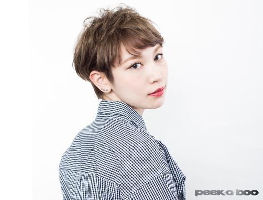 アッシュベージュショート PEEK-A-BOO 菊地優子